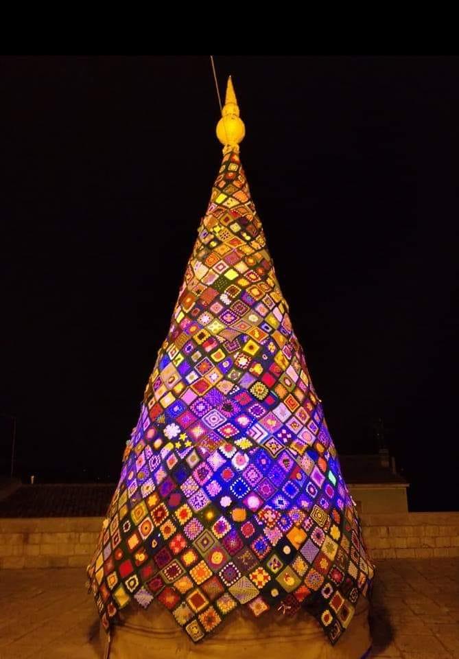 Albero Di Natale 6 Mt.A Trivento L Albero Di Natale Piu Originale Del Molise Molise Web